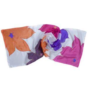 Fular de seda pintado a mano con flores thyssen