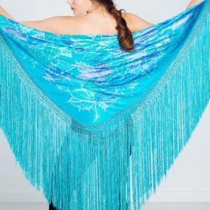 Mantón de seda pintado a mano con hojas mixtas azules