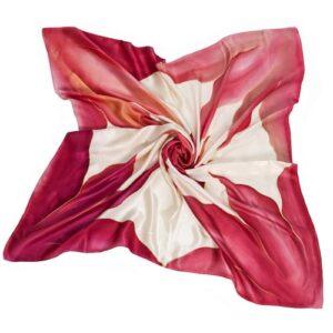 Pañuelo de seda pintado a mano decorado con lirios granates