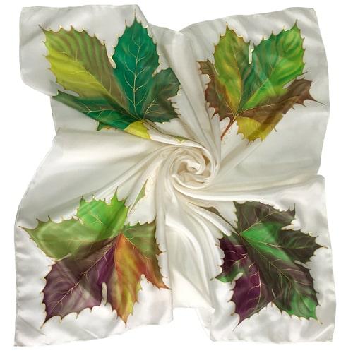 Panuelo de seda pintado a mano verde