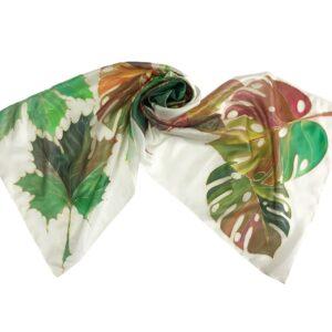 Fular de seda pintado a mano con hojas mixtas otoñales