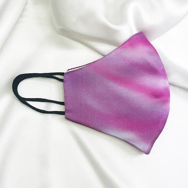 Mascarilla homologada de seda pintada a mano difuminada rosa
