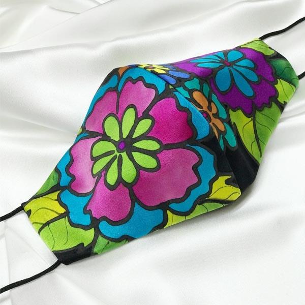 Mascarilla homologada de seda pintada a mano con flores kahlo