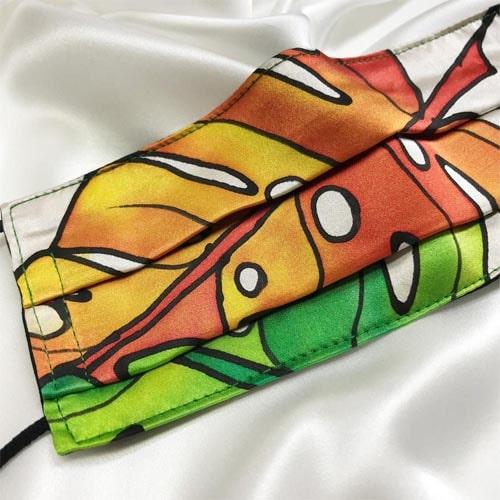 Mascarilla de seda pintada a mano con hojas de costilla de Adán